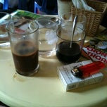 Photo taken at Cafe 71 by Viet N. on 9/30/2013