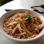 Photo taken at Mei Mei Food Court (美美) by Julia L. on 6/13/2014
