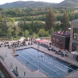 Photo taken at The Westin Riverfront Mountain Villas, Beaver Creek Mountain by Malpais C. on 7/6/2013