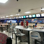 Photo taken at Brunswick Thousand Oaks Bowl by David V. on 7/29/2013