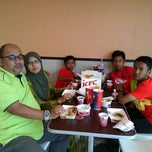 Photo taken at KFC by Azman I. on 11/9/2013