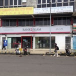 Photo taken at Bank Islam Segamat by Rasyaik M. on 10/28/2013