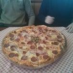 Photo taken at Pizzeria Gloria by Walter F. on 1/15/2014