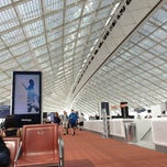 Photo taken at Aéroport Paris-Charles de Gaulle (CDG) by Raywat T. on 7/13/2013
