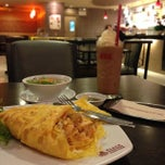Photo taken at Black Canyon (แบล็คแคนยอน) by Waris S. on 8/17/2014