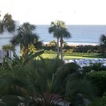 Photo taken at Beach Club Hotel Saint Simons Island by Robert P. on 10/28/2012