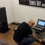 Photo taken at Sonus Art audio/video by Sonus Art audio/video on 12/16/2013