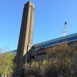 Photo taken at Tate Modern by Kelvin T. on 4/20/2013