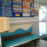 Photo taken at Long John Silver's by Heather K. on 2/21/2012