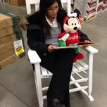 Photo taken at Lowe's Home Improvement by Marizel S. on 12/17/2013