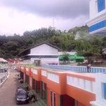 Photo taken at Villa Silma - puncak by Agung D. on 12/3/2014
