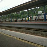 Photo taken at Stasiun Pondok Cina by Andini L. on 1/21/2013