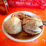 Photo taken at mie bakso solo by yudi h. on 11/13/2013
