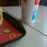 Photo taken at McDonald's by Chan 'che' C. on 10/23/2012