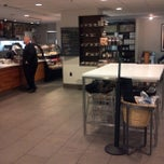 Photo taken at Starbucks by Waddie G. on 9/28/2013