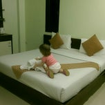 Photo taken at Vimarn Samed Resort Koh-Samed by Olga E. on 2/13/2015