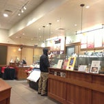 Photo taken at Peet's Coffee & Tea by Aki Y. on 12/23/2012