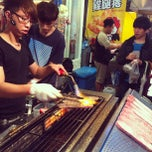 Photo taken at 逢甲夜市 Fengjia Night Market by Mooi H. on 4/4/2013