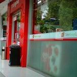 Photo taken at Circle K by Yohanes B. on 6/3/2012