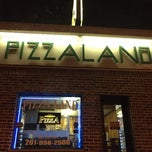 Photo taken at PizzaLand by Rodrigo V. on 1/14/2015