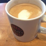 Photo taken at TULLY'S COFFEE 本厚木 by Gou on 2/21/2013