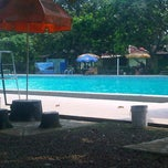 Photo taken at Tirta Wiguna Swimming Pool by Dhea Anastasia S. on 9/7/2013
