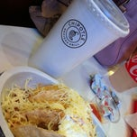 Photo taken at Chipotle Mexican Grill by Santi on 1/19/2013