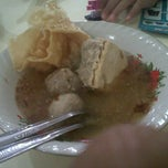 Photo taken at Bakso Malang Citra by Teddy H. on 3/11/2012
