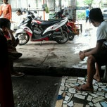 Photo taken at You Clean Motor Salon and Helm Wash by Deasy Nur W. on 6/16/2013