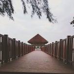 Photo taken at Jeti, Pantai Cahaya Negeri by Fareena S. on 12/23/2013