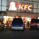 Photo taken at KFC by masbuy  on 6/2/2013