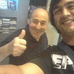 Foto tomada en AGB Music por El Negro M. el 12/15/2012