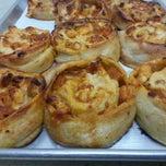 Photo taken at Frantoni's Pizzeria & Ristorante by Michael M. on 11/6/2014