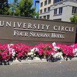 Photo taken at Four Seasons Hotel Silicon Valley by Antonio F. on 6/9/2012