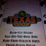 Photo taken at Texas Roadhouse by Sheri M. on 8/27/2011