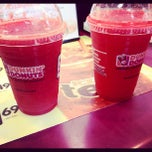 Photo taken at Dunkin' Donuts by james l. on 8/19/2012