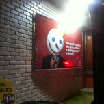 Photo taken at Jack In The Box by Quang N. on 2/11/2012