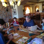 Photo taken at Olive Garden by Mariana Q. on 5/19/2012