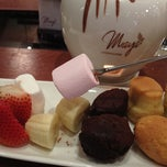 Photo taken at Maya Le Chocolaterie @ Khalidiyah Mall by AD R. on 8/22/2012