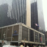Photo taken at New York Hilton Midtown by 不純の じ. on 3/15/2012