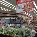 Photo taken at GIANT Super by Robert Wesley S. on 6/3/2012