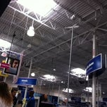 Photo taken at Best Buy by Leilani H. on 8/21/2011