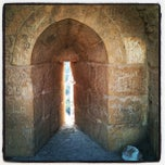 Photo taken at Karak Castle قلعة الكرك by Zamil S. on 11/4/2011