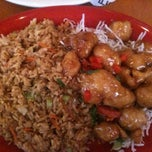 Photo taken at Pei Wei Asian Diner by Cherise E. on 10/16/2011