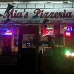 Photo taken at Mona Mias Pizzeria by Richard V. on 3/7/2012