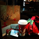 Photo taken at Starbucks 星巴克 by yuenyee M. on 11/15/2011