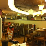 Photo taken at Pizza Hut by Wildgoosechase on 5/15/2011
