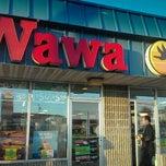 Photo taken at Wawa Food Market #191 by Martin-Muzz M. on 8/30/2011