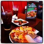 Photo taken at The Pizza Company (เดอะ พิซซ่า คอมปะนี) by นังแบ๊ดแบ๊ดคุง อ. on 7/28/2012