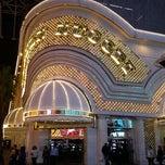 Photo taken at Golden Nugget Hotel & Casino by Rodrigo B. on 11/17/2011
